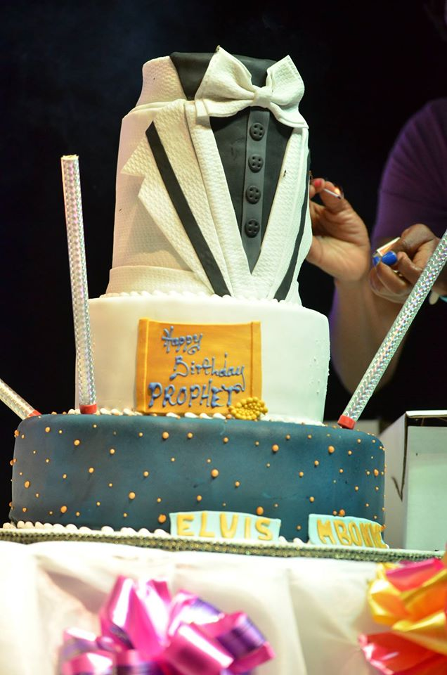 PHOTOS: Stylish ushers, dapper cake steal the show at Prophet ...