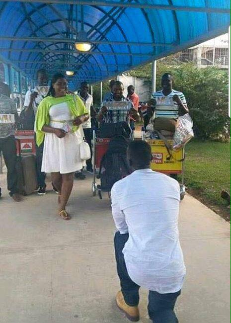 Man Proposes To Girlfriend At Entebbe Airport As She Lands From