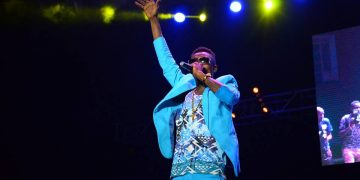 Jose Chameleone commanded the crowd.