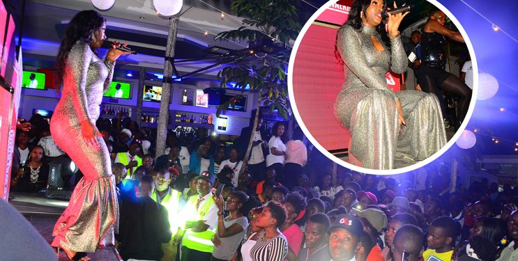 Winnie Nwagi on stage performing her hits. PHOTOS BY ASIIMWE VINCENT SMOKY/Matooke Republic.